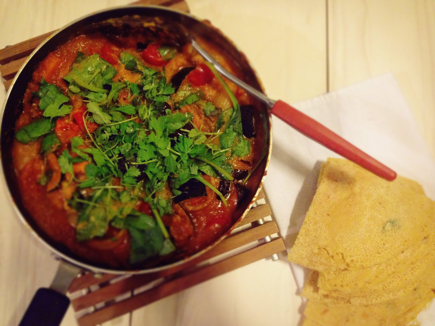 Veggie curry and socca