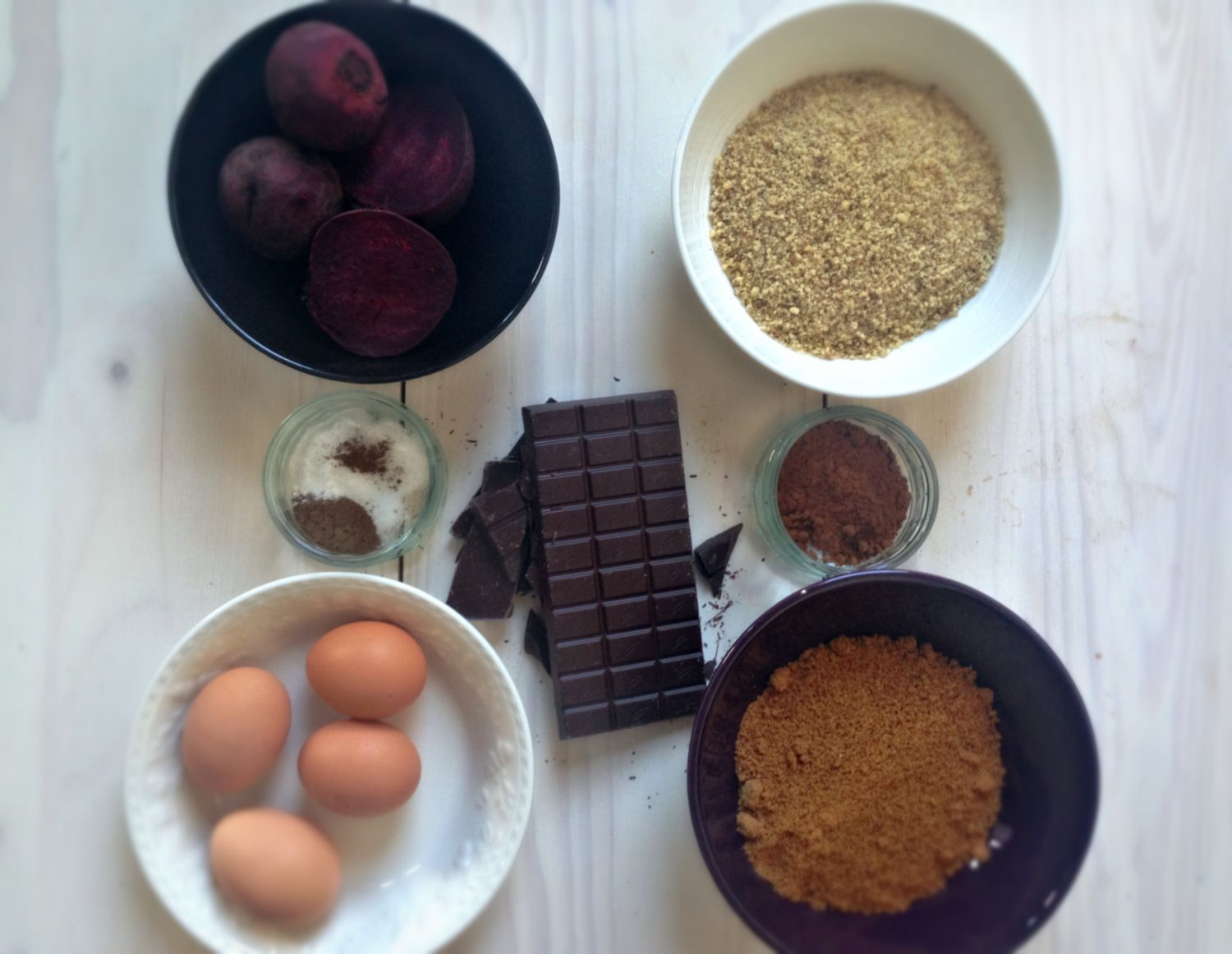Flourless beetroot cake ingredients